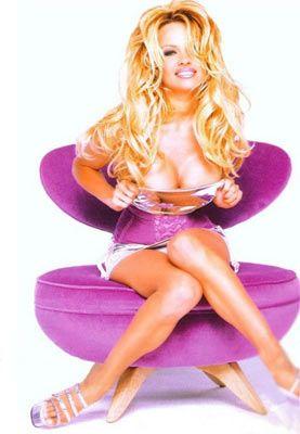 Pamela Anderson - 55